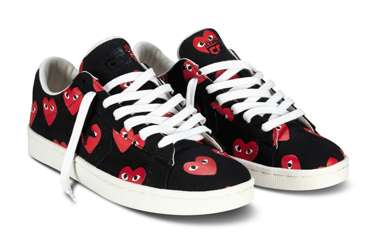 comme-des-garcons-play-for-converse-pro-leather-2013-collection-1