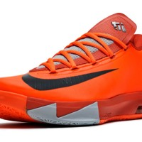 "NIKE KD 6 ""NYC 66″ PAYS TRIBUTE TO DURANT'S RUCKER PARK PERFORMANCE"