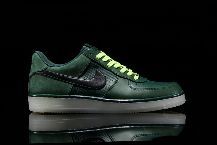 the latest 1fb2b bb24e Nike Air Force 1TheDropnyc
