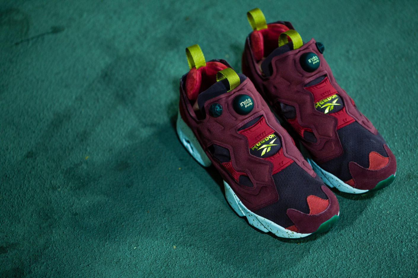 reebok insta pump fury malaysia airlines