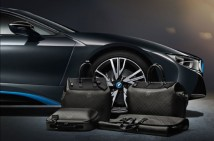louis-vuitton-luggage-set-for-2014-bmw-i8-04-570x378