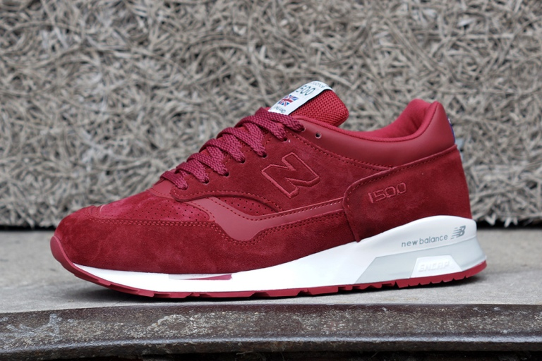 "GET IT NOW - NEW BALANCE ""FLYING THE FLAG"" COLLECTION"