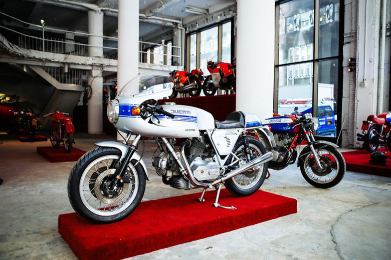 "Stuart Parr's ""Art of the Italian Two Wheel"" Vintage Motorcycle Exhibit in NYC"