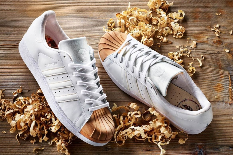 e41b9303557 wooden-shell-toe-adidas-superstars-in-collaboration-with-afew -and-ivan-beslic-1thedropnycwooden-shell-toe-adidas -superstars-in-collaboration-with-afew-and- ...