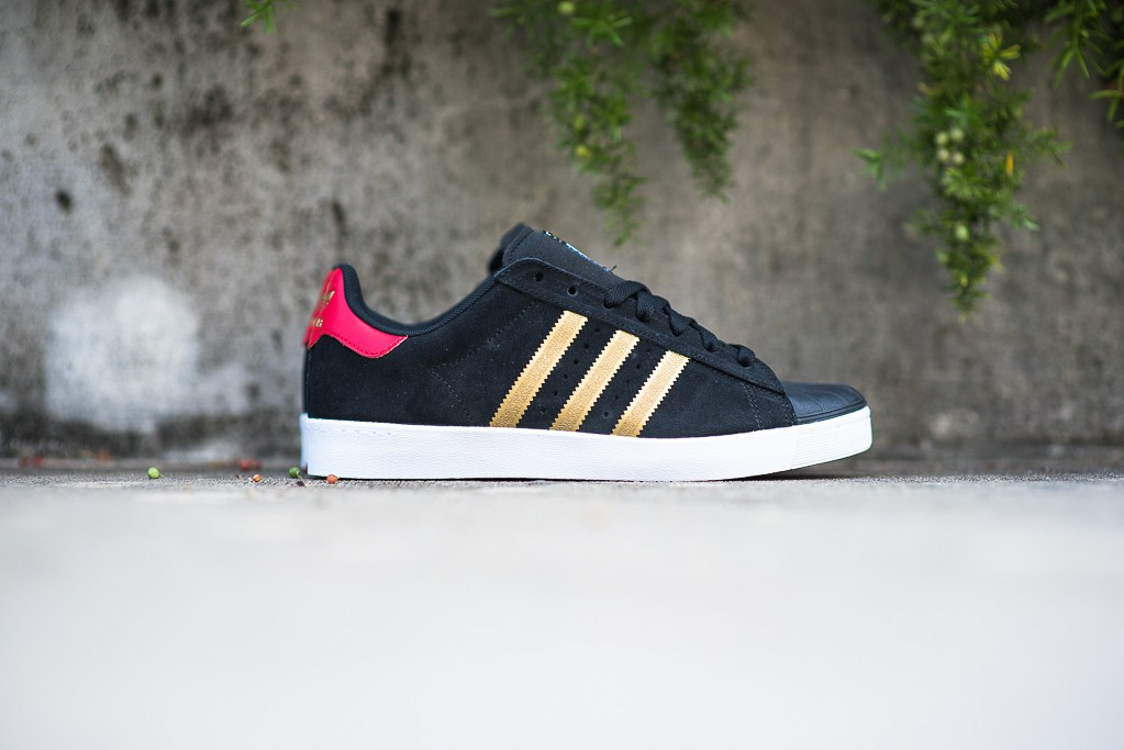 Cheap Adidas superstar adv black Best Deals