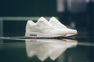 """Nike has released the Air Max 1 Essential in a new phantom/phantom-white colorway. It does really not get much cleaner. In fact the colorway is so subtle, that it could be a collaboration with French brand A.P.C. Whenever the two have worked together in the past on the Air Max 1, the outcome was timeless, premium and minimal. You can say the same about these, featuring an off-white upper with accents of white, sitting on a crisp white mid-sole and a gum outer sole. The Nike Air Max 1 Essential """"Phantom"""" is now available"""