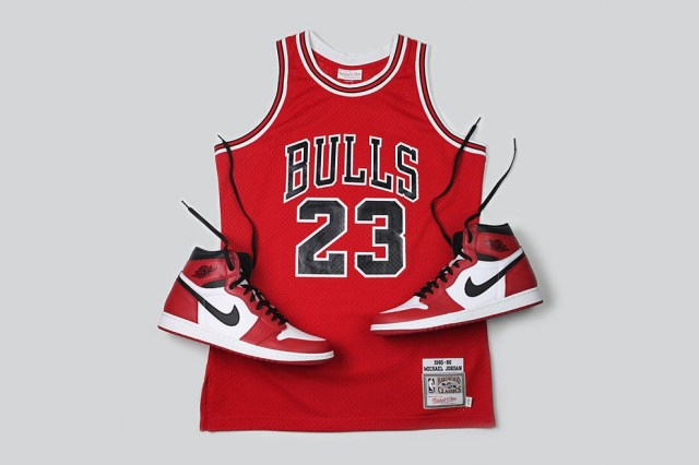 Mitchell & Ness - Michael Jordan 63 Point Game Jersey Re-release