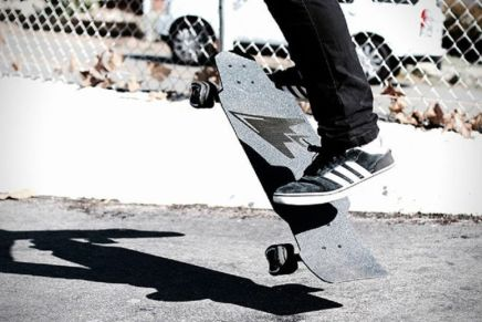 THE CARBON FIBER AILERON LONGBOARD FROM 121C