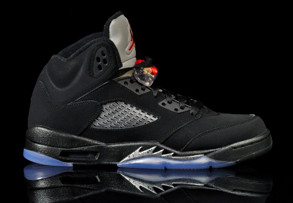 Air Jordan 5 OG Black/Metallic Is Returning This Summer