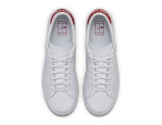 THE NIKECOURT TENNIS CLASSIC NAI KE PAYS TRIBUTE TO THE FRENCH OPEN