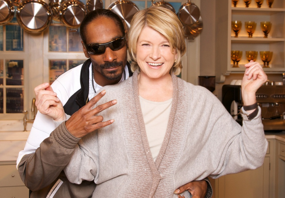Snoop Dogg and Martha Stewart Are Getting A Cooking Show