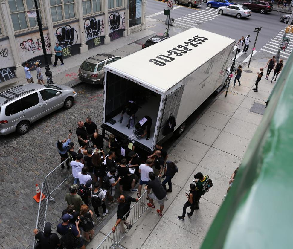 ALEXANDER WANG x ADIDAS ORIGINALS - NYC POP-UP TRUCK