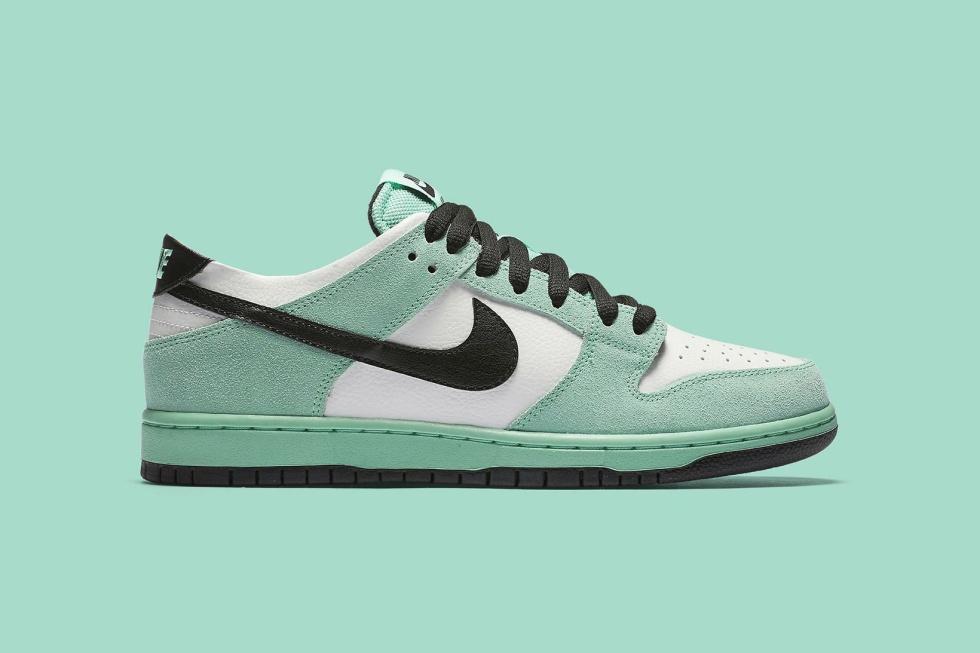 "Nike SB ""Sea Crystal"" Dunk Returns"