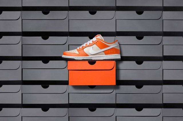 "Lets Look at the Nike SB Dunk Low Premium ""Orange Box"""