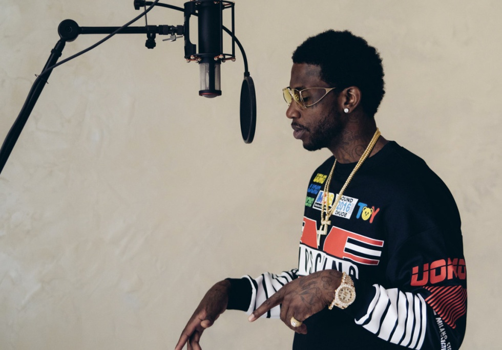 "Gucci Mane Recruits Akon and Chris Brown for ""Moon Walk"""