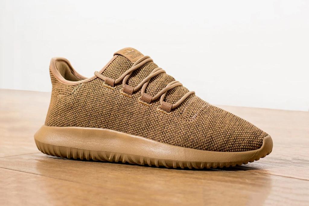3906e6340 adidas-originals-tubular-shadow-cardboard-foot-locker-europe-