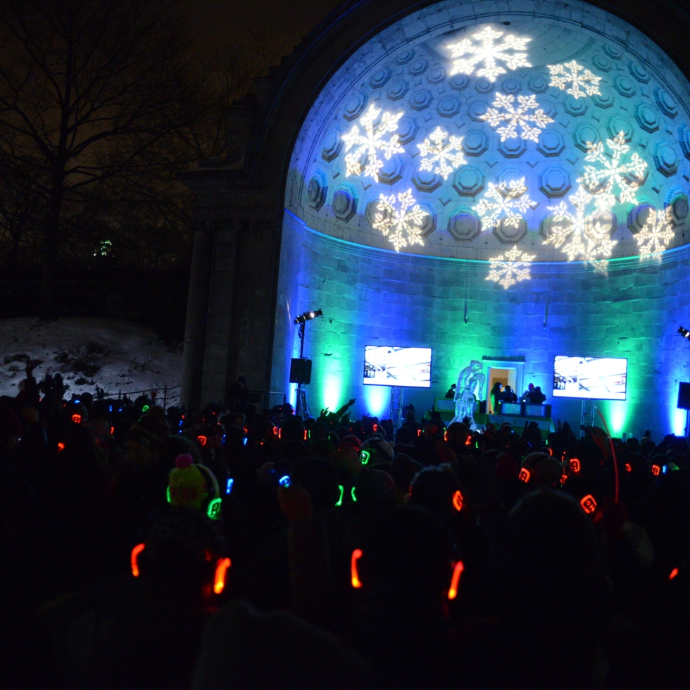NYC amazing Ice Festival in Central Park