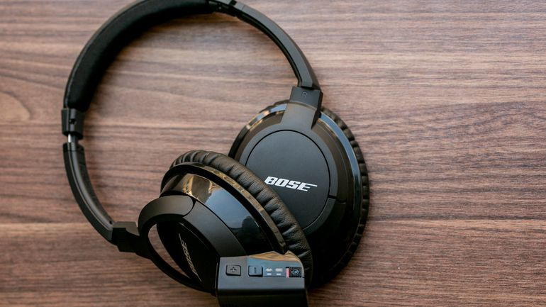 Bose Headphones Are Allegedly Spying on Users