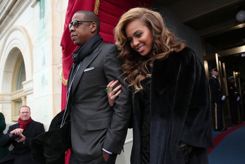 JAY Z & Beyoncé Wants a Bulletproof Bel-Air Mansion