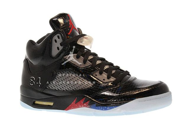 """MARK WAHLBERG GIVES US SOME INFO ON THE AIR JORDAN 5 """"TRANSFORMERS"""" PROMO SHOE"""